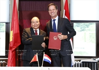 PM's tour to Netherlands boosts partnership