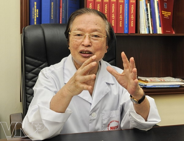 Professor Pham Song