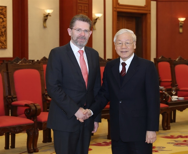 Party General Secretary and President Nguyen Phu Trong on January 22 had a reception in Hanoi for Australian President of the Senate Scott Ryan during his official visit to Vietnam. Photo: Tri Dung/VNA