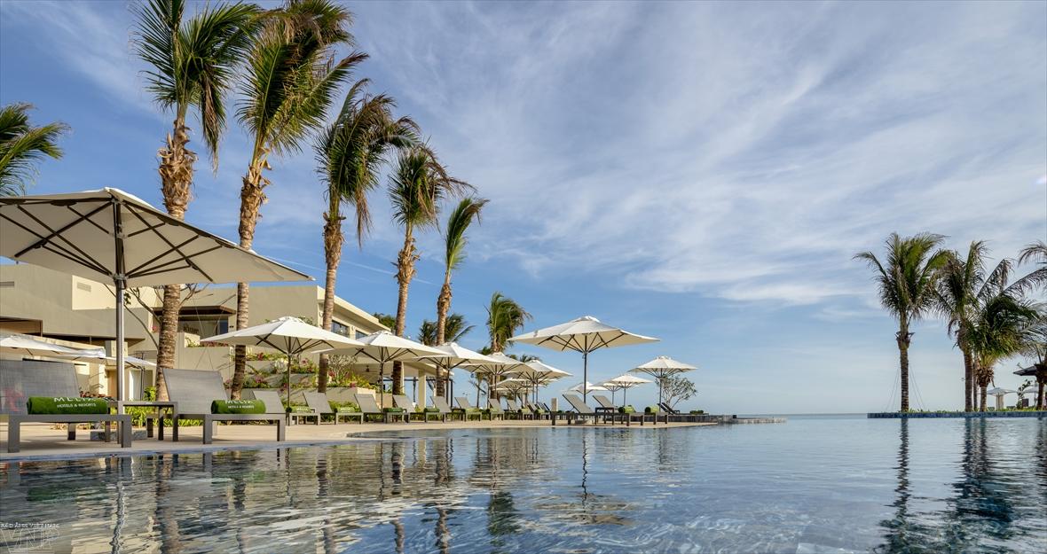 Тихий отель Meliá Hо Trаm Beach Resort