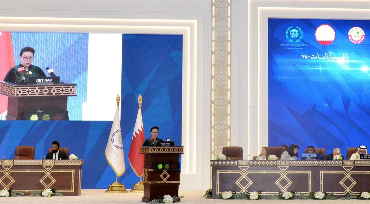 ベトナム国会と世界の議院の協力関係を発展