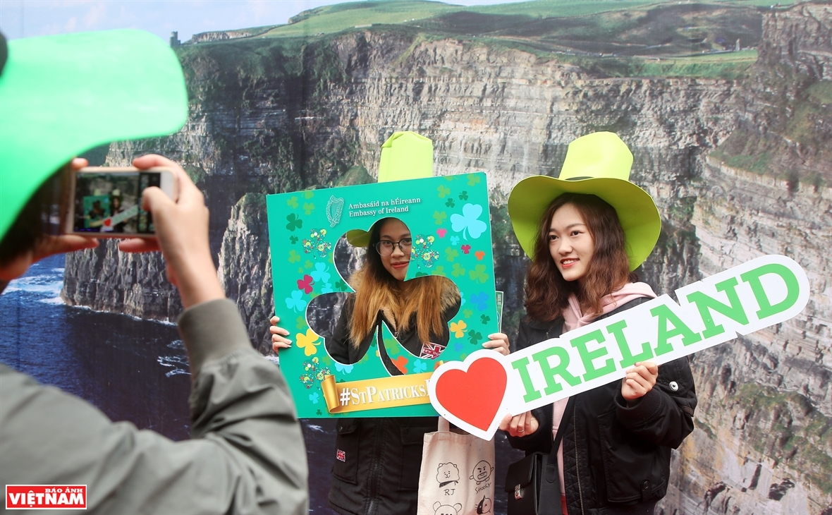 Hanoi turns green in response to environmental campaign