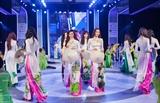 Desfile de moda Huong sen dat Viet