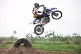 Интерес молодежи Ханоя к вождению мотоциклов-внедорожников