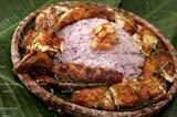 Arroz glutinoso púrpura al vapor y pollo asado con pimiento silvestre de Mai Chau