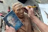 独創的な肖像を彫刻する