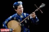 フイン・カイ音楽家、民族音楽に貢献