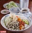 후에(Huế)의 재첩밥