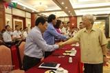Нгуен Фу Чонг встретился с лучшими крестьянами за 30 лет обновления страны