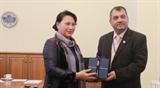 Председатель НС Вьетнама Нгуен Тхи Ким Нган встретилась с Председателем МПС Сабером Чоудхури