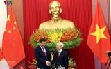 Китайские СМИ осветили визит Си Цзиньпина во Вьетнам