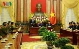 Чан Дай Куанг принял делегацию лаосских граждан имеющих заслуги перед Вьетнамом