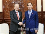 Президент Вьетнама Чан Дай Куанг принял Посла Уругвая Карлоса Иригарая Сантану