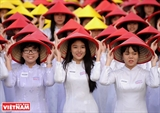 IVe Festival dAo Dài 2017 à Hô Chi Minh-Ville