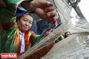 Le tissage du lin chez les Hmông de Dông Van