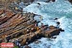 Дикий скалистый пляж Монгронг