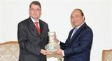 Премьер-министр Вьетнама принял Посла Австрии и Гендиректора компании тяжелой промышленности Doosan Вьетнам