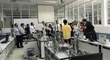 Вьетнам и Великобритания укрепляют сотрудничество в сфере образования и профессиональной подготовки