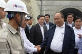 Премьер-министр Вьетнама Нгуен Суан Фук посетил туннель Деока