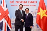 Британский министр Марк Филд воспевает перспективы развития Вьетнама