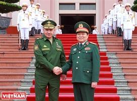 Вьетнам и Россия развивают ВТС во имя мира и стабильности в регионе