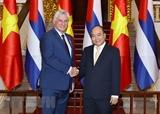 Содействие расширению вьетнамско-кубинских отношений в различных областях