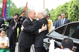 Руководство Вьетнама поздравило камбоджийское руководство с Днем независимости страны