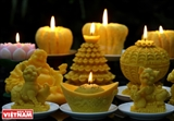 The art of candle carving