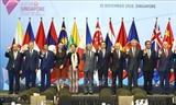 Thủ tướng dự phiên toàn thể Hội nghị Cấp cao Đông Á lần thứ 13