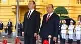 В Ханое состоялась официальная церемония встречи Премьер-министра РФ