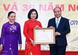 Премьер-министр Вьетнама посетил средную школу Дафук