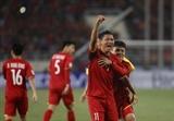 AFF Suzuki Cup: ສື່ມວນຊົນສາກົນເຄົາລົບນັບຖືກຳລັງແຮງຂອງທິມບານເຕະຊາຍແຫ່ງຊາດຫວຽດນາມ