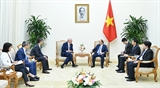 Премьер-министр Вьетнама принял профессора Гарвардского университета