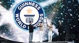 Вьетнамские цирковые артисты установили мировой рекорд Гиннесса в Италии