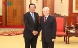 ທ່ານເລຂາທິການໃຫຍ່ ປະທານປະເທດຫງວຽນຝູຈ້ອງຕ້ອນຮັບທ່ານນາຍົກລັດຖະມົນຕີກໍາປູເຈຍ Samdech Techo Hun Sen