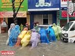 Đà Nẵng mưa lớn nhiều tuyến phố ngập nặng