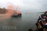 Ngư dân Quảng Ngãi xông biển lấy lộc đầu năm mới Mậu Tuất