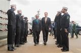 Đại sứ Việt Nam tại Mỹ thăm tàu sân bay USS George H.W. Bush