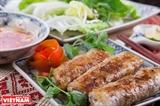 Rollito de primavera frito plato más popular de Vietnam