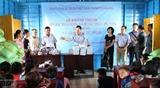 В Камбодже открылась плавучая школа для вьетнамских детей