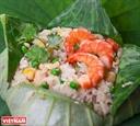 蓮の葉の蒸しご飯