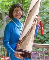 Отличный учитель - музыкант посвятил свою жизнь сохранению традиционной музыки