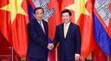 Вьетнам и Камбоджа усиливают сотрудничество в области экономики культуры науки и техники