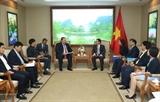 Выонг Динь Хюэ принял гендиректора компании AES ответственного за вьетнамский рынок