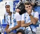 Nga trục xuất 4 cổ động viên quá khích người Argentina