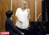 Nghệ sĩ dương cầm Francoise Buffet