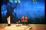 Traditional theatres lure more viewers