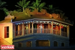 Dazzling night show impresses visitors to Hoi An