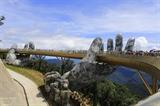 Международные СМИ воспевают Золотой мост Sun World Ba Na Hills в Дананге