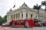 Hanoi launches double-decker bus city tour